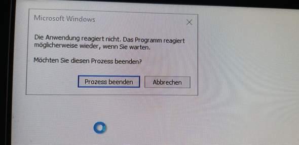 Windows startet mit langem blackscreen?