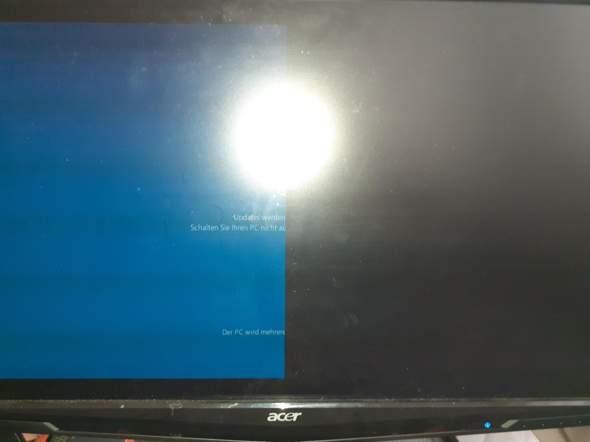Windows 10 | Halber Bildschirm schwarz | Was kann ich tun?