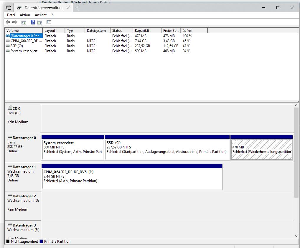 Es wurde eine neue 1 Terrabytefestplatte installiert und dabei wurde eine 500 MB große...